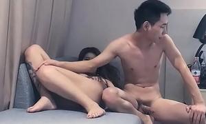 约了一个性感黑丝高跟整容脸纹身美女, 口交带套扒开腿直接一插到底,China 中国